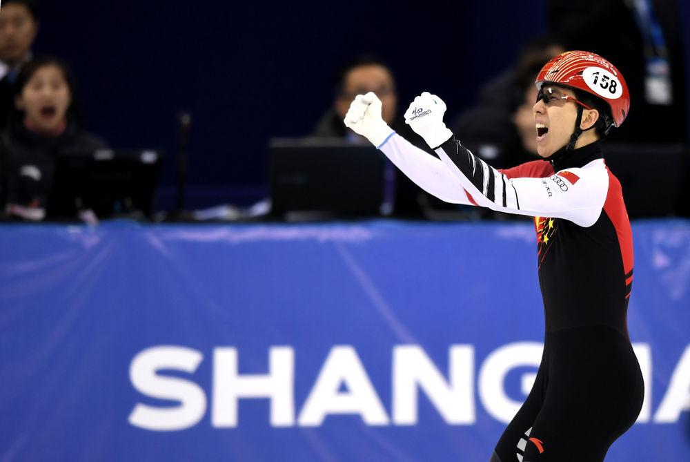 短道速滑世界杯上海站|范可新、韩天宇夺冠