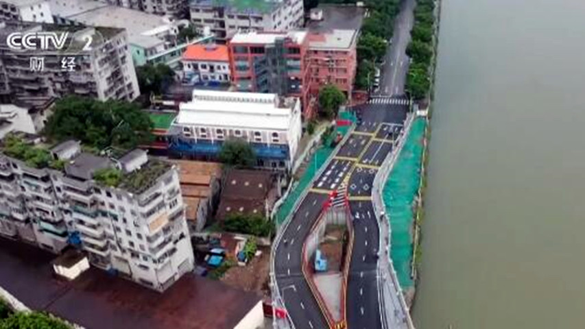 """广州""""桥中房""""事件发生后,住户表示当地住建局回应事情的经过"""